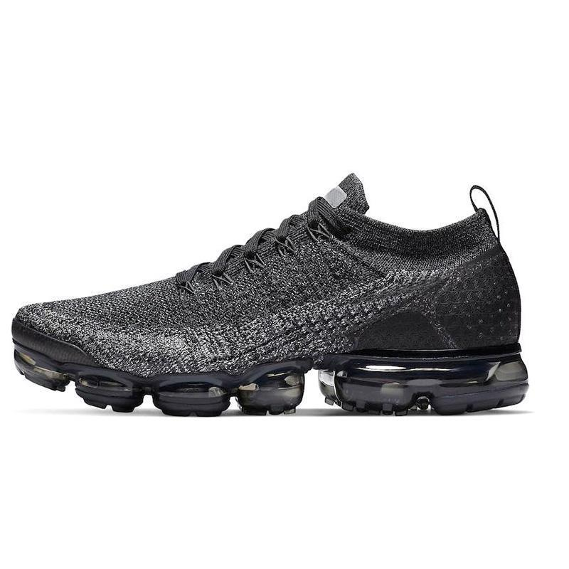 Sapatos de alta qualidade Outdoor Sports 2019 Mens Triples Branco Preto Cinza frio Tpu Trainers Moda Luxo Mens Mulheres Designer Sandals Sho