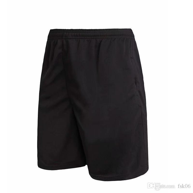 2020 Pantaloncini sportivi esterni di base Pantaloni da uomo Asciugatura rapida