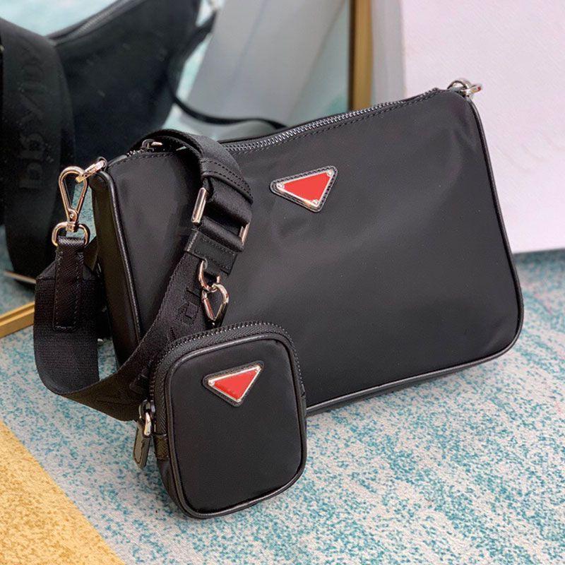 Best-продажа Earbud Best-продажа Мужская маленькая мода треугольник бренда элемент нейлона личности сумка красный 2V110480 этикетка lcfuv