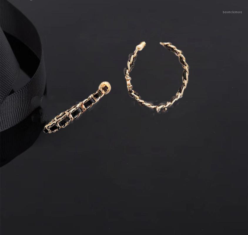 2020 Мода Классическая Кожаная Нить Серьги Hoop Серьги Ювелирные Изделия Личность Простой Дизайн Красивая Свадьба Party1