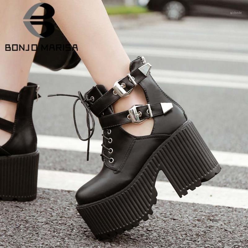 Bonjomarisa Black Lady Lady Cosplay Stivaletti Piattaforma Plata Platform Plate Borch Fibbia Pizzo Up Chunky Heel Boots Donne scarpe autunnali Donna1