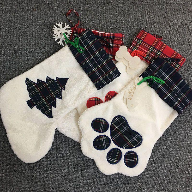 Large High Quality Christmas Stocking Pet Dog Plaid Paw Santa Socks Candy Stocking Bags Christmas Gift Bag Christmas Decor NWE2699