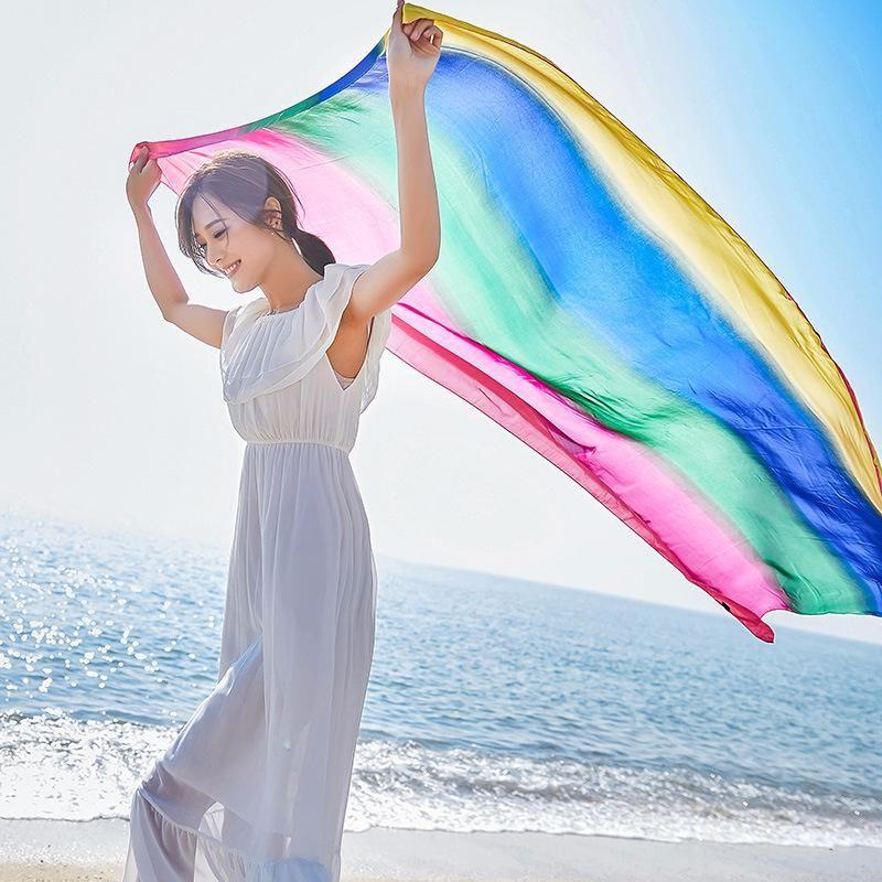 2021 Nueva primavera y otoño seda bufanda larga seda bufanda chal protección sol playa toalla arco iris color largo 2410