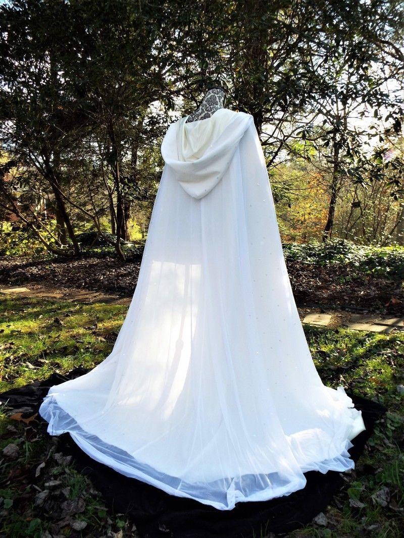 Moda con cappuccio Capezzamenti da sposa Cappotto Cappotto Cappotto Bianco Avorio Accessori da sposa perline perline su misura