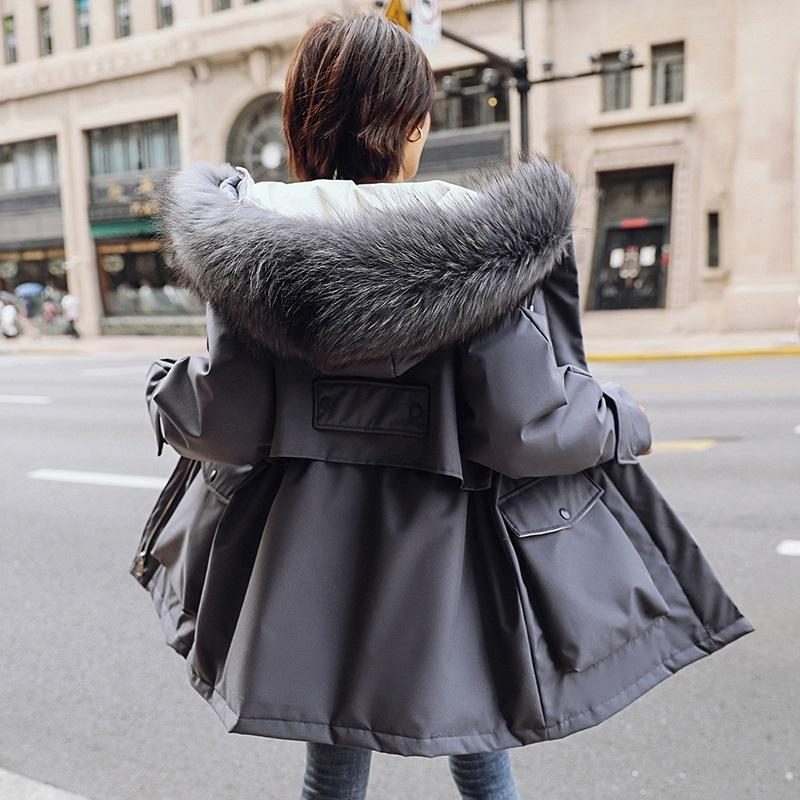 2020 ropa de invierno nueva de algodón abajo chaqueta acolchada de Corea estudiantes de sexo femenino estilo corto engrosadas gran tamaño grande delgado haircollar
