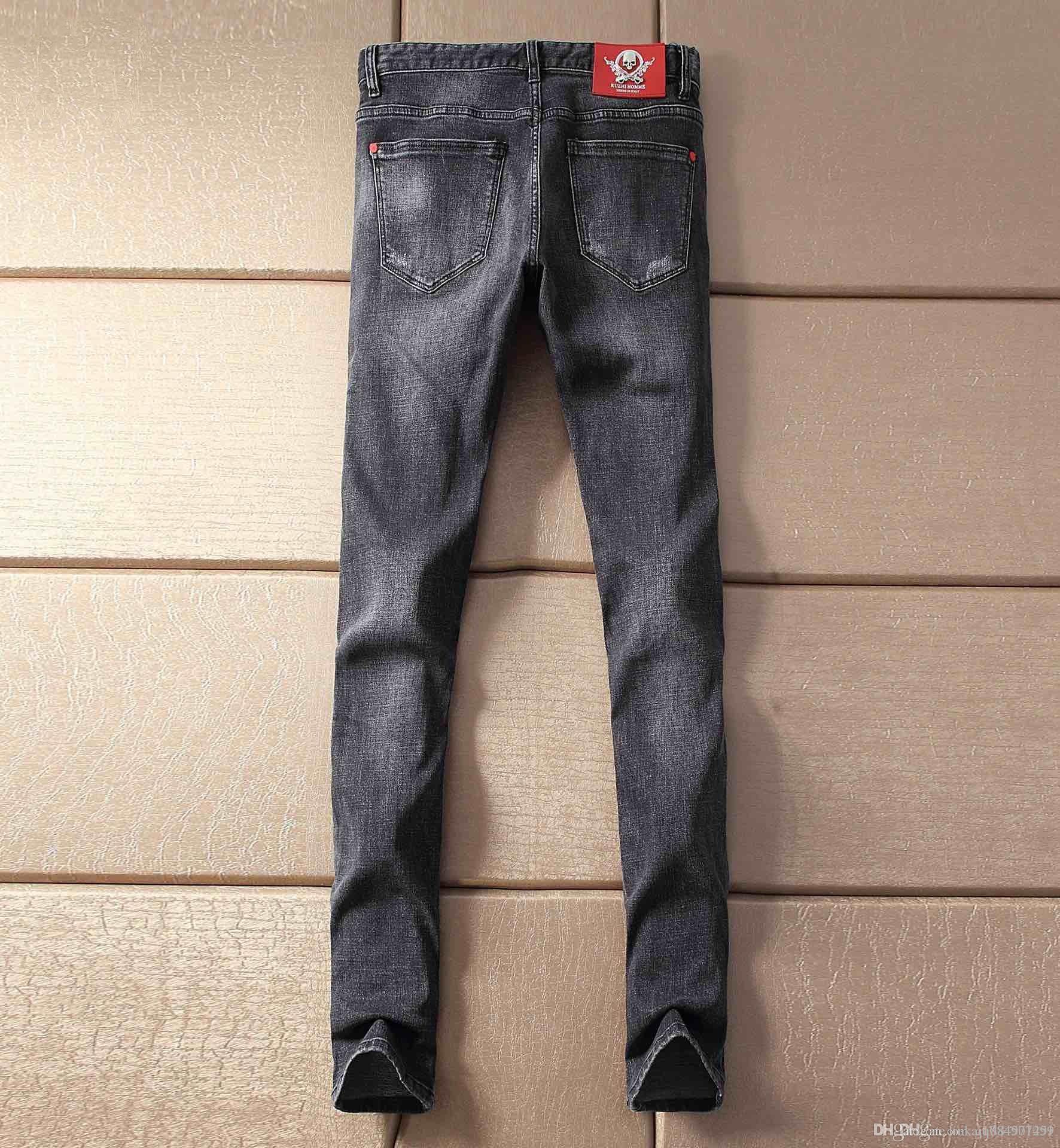 2020 Moda Italia motorista de la roca rasgados jeans rectos Pantalones Vaqueros flaco Jeans para hombre barato de lujo Boy Jeans Hip Hop Tamaño Plus 29-42