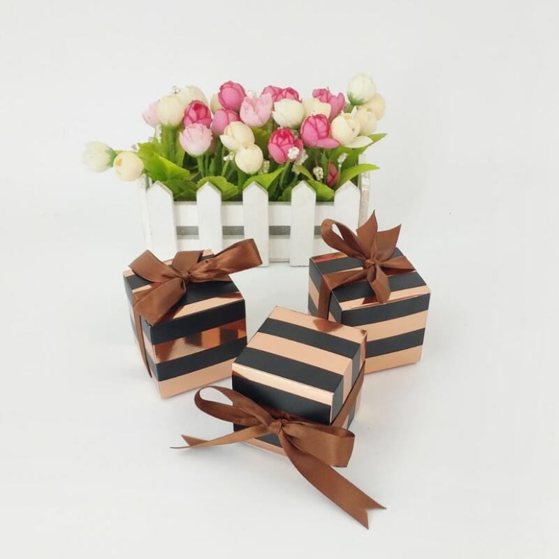 Black Stripes or rose bonbons boîte carrée en carton d'emballage Boîte avec ruban de soie Faveurs de mariage boîte-cadeau Fournitures BWD2504