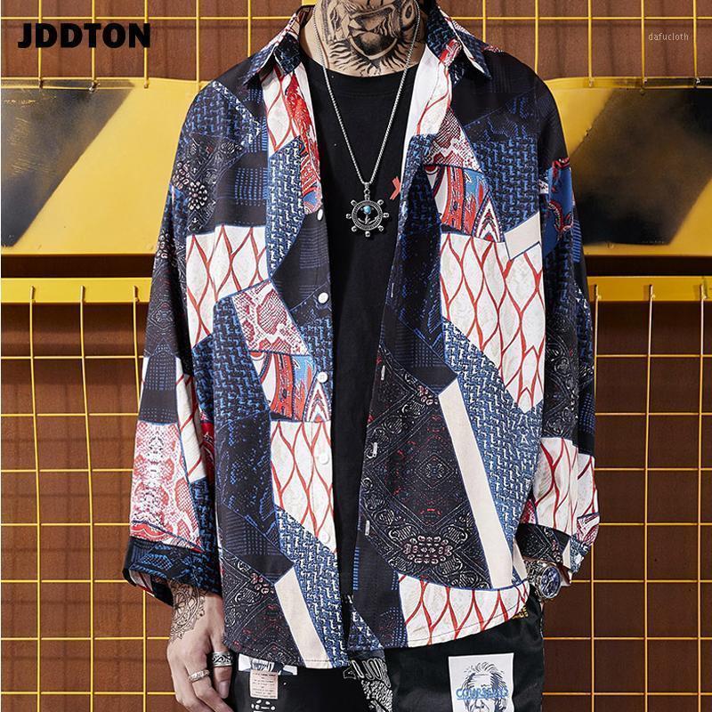 JDDTNTON NUEVO VERANO Hombre Geométrico Impresión suelta Moda Larga Cardigan Hip Hop Casual Streetwear Outerwear Vintage Male Shirt JE2071