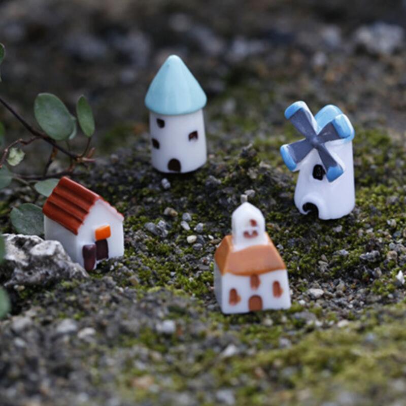 Creativo resina Mini Castello Windmill Church House Moss terrario pianta verde Micro Regalo Accessori paesaggio fiabesco giardino Fai da te Zakka PPF2484