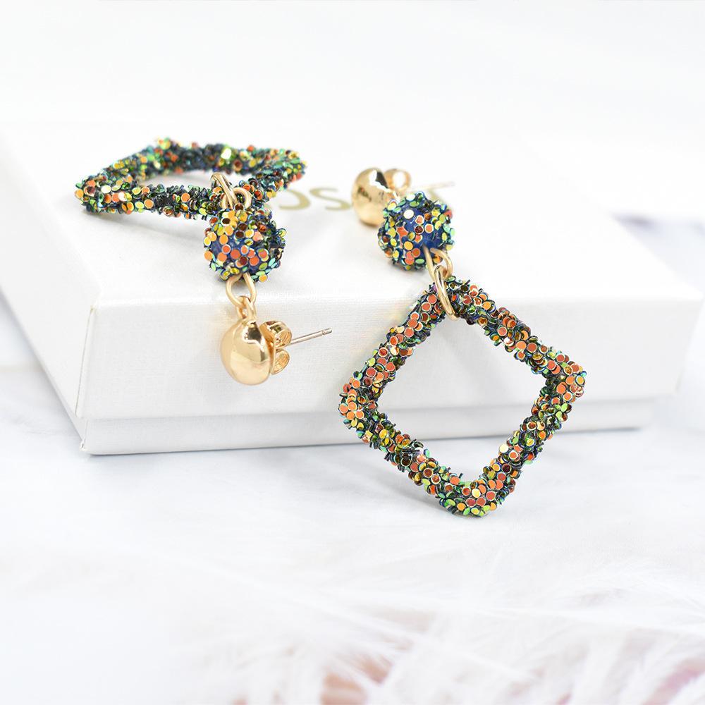 2020 primavera y verano nuevo color arcilla bola geométrico bohemio pendientes femenino moda simple oreja joyería aretes