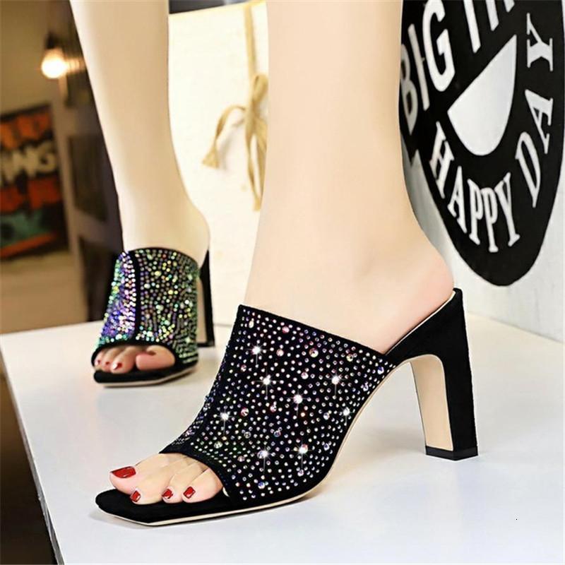 Seksi 2021 Yeni Yaz Strass Bayan Modası Yüksek Topuklu Bayanlar Sandalet Kare Toe Düğün Parti 34-40 Siyah Ayakkabı Ca7x