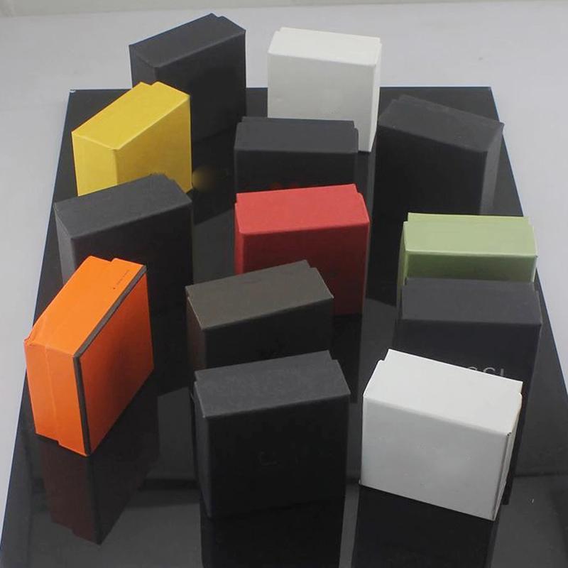 Boîte à bijoux à vendre chaude avec timbre Mulitcolor Lettre Bijoux Packaging Affichage Boîte de boîtier carré Noir Haute Qualité