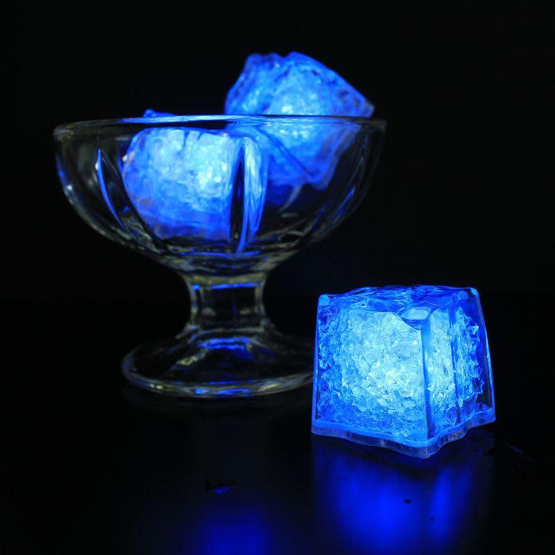 Luci a LED Polychrome Flash Party Lights Warter Sensor LED Bar Lampada Flursente Cube Ice Lamp per matrimonio