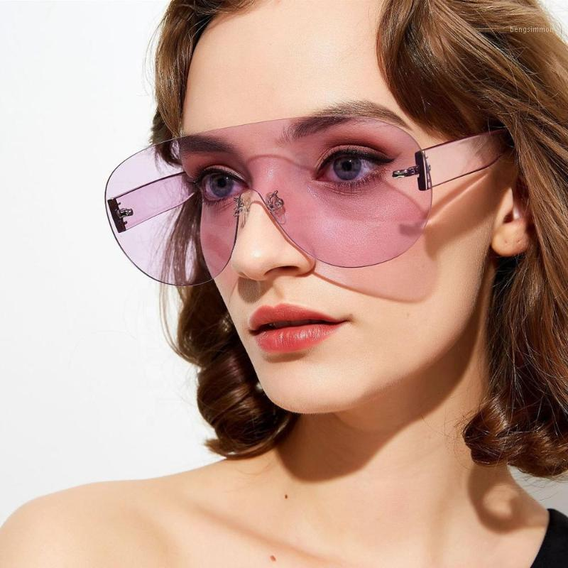 2020 NUEVO TIENDAD DE ORMENCIA Gafas de sol rosadas rosadas grandes para mujer Marca Futurista Lujo Punk Gothic Festival Gear1
