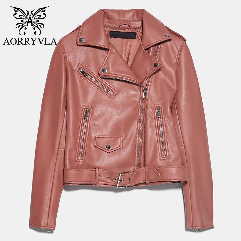 Nueva chaqueta de cuero de la PU de las mujeres de otoño con la chaqueta con cremallera de motocicleta de las mujeres con cinturón de longitud corta casual chaqueta de cuero de imitación negra 2020 lj201225