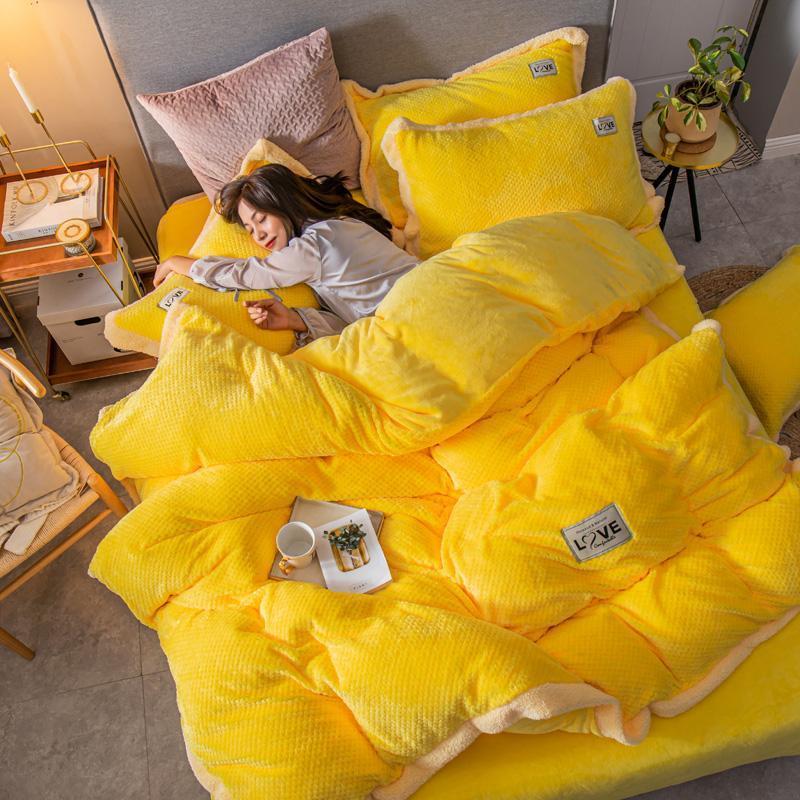 Современный стиль 4 шт вафельный фланель Velvet пододеяльник квартира оборудована Простыня Наволочки Твердая Желтый Розовый Серый Коричневый Фиолетовый