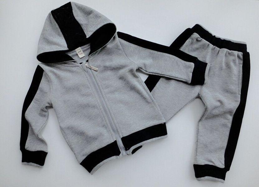 Hot Sell Kids Sets Fashion Classic Style Baby T-shirt Pantalon manteau Jacekt Skidle Sweather Suit Childrensn Enfants 2pcs Coton Vêtements