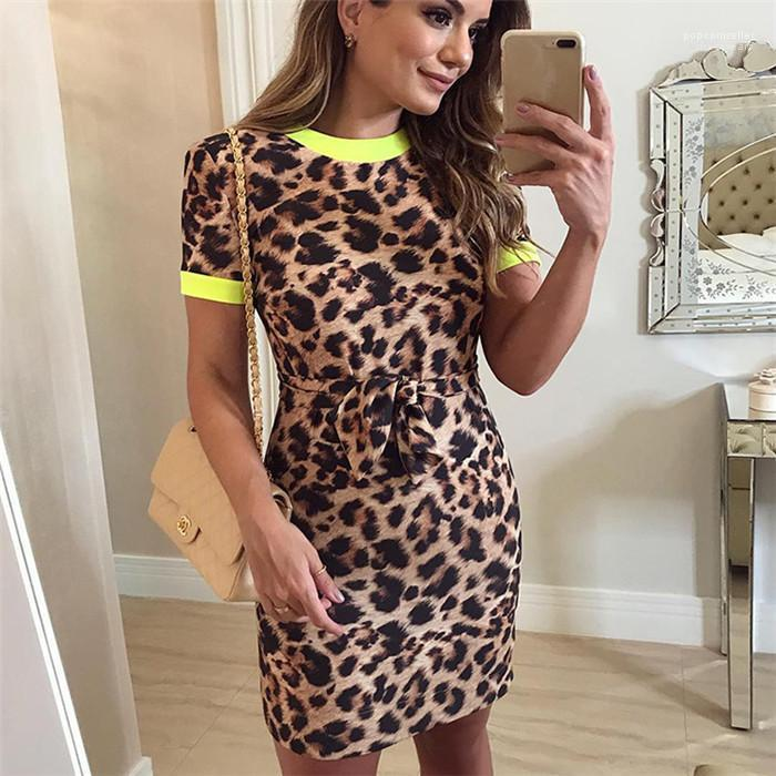 Summer Leopard Stampa Dress Manica corta Roun Neck Sexy Package Gonna Hip Style Desk Abiti da donna