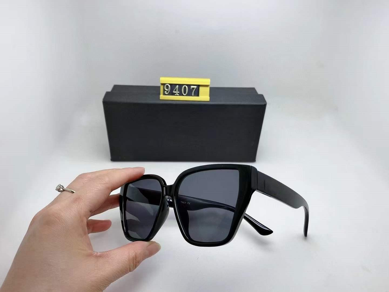 النظارات الشمسية النظارات الفاخرة جودة النظارات مربع 9407 مصمم العلامة التجارية الجديدة رجل أعلى المرأة المعادن العدسات الكلاسيكية الأزياء الشمسية مع المربع الأصلي