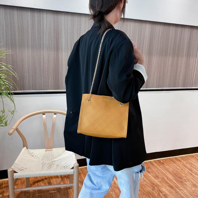 Сумочка продажа молодежи универсальная цепь женская сумка дамы твердые простые кожаные плечо через плечо сумка темперамент горячее tote color khwkn