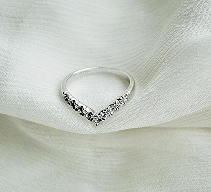 Ring For Women Charming Jewelry Shaped Shining Crystal Rhinestones Inlaid Woman Ring