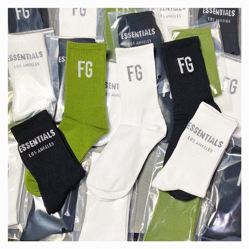 Страх Бога модных уличных носков основных мужчин женщин мода FG спортивный хлопок средние носки 7 цвет