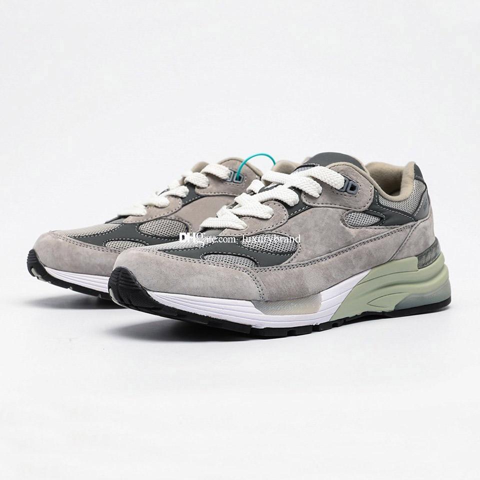 M992 Sneaker per gli uomini Sneakers in pelle scamosciata Mens Scarpe sportive Donne da donna Scarpe da donna Scarpe da donna Formatori Allenamento Donna Atletica Chaussures Grigio