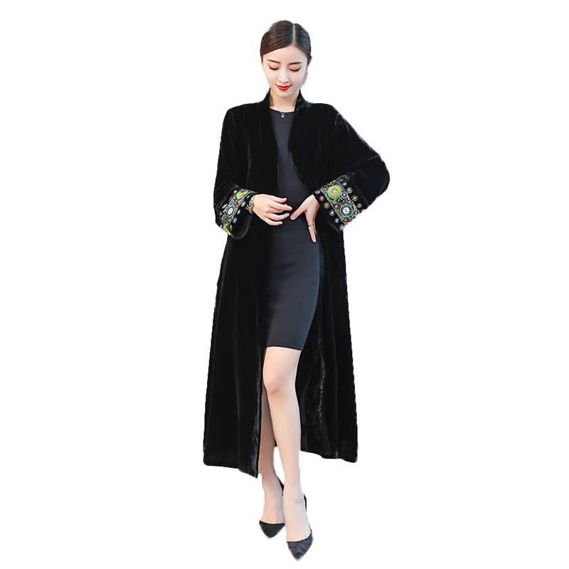 Tamaño del sobretodo 2020 otoño elegante bordado rompevientos, Primavera Mujer Cardigan Negro grande terciopelo largo Trench Coats