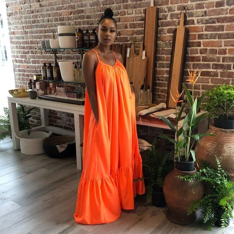 2021 Nouvelles femmes solides habillées en été maxi décontractée sans manches robes plus taille 5XL robe de col en V sexy sexy femelle 42kt