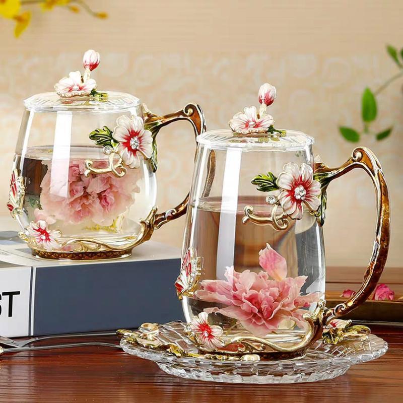 Tazas de belleza y novedad Esmalte Taza de café taza de tazas de cristal de la flor para las bebidas frías Cuchara fijó el regalo de boda perfecto
