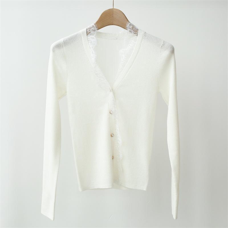 2020 neue süße Frauen Strickjacke Sweater Spitze-Ordnungs-Stitching V-Ansatz dünne Dame Knitwear Streifen-langärmlige Thin Outwear Top