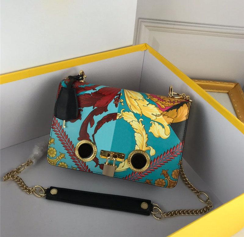 Bolsas de inconformista de moda con bolsos de hombro de cuero para mujer para mujer Bolsos de fiesta al aire libre Dress Up Debe Embragues