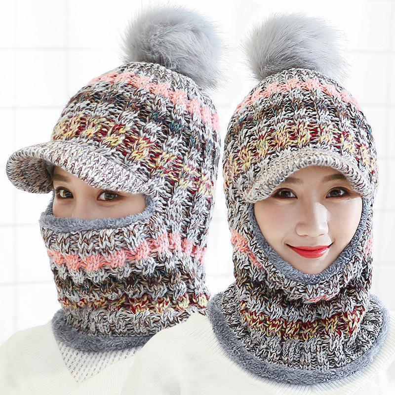 Mütze / Schädelkappen weibliche warme Mütze Hut Reiten Schnee Winter Frauen Gestrickte Schal Set Hairball Pom Mode Wolle Verdickenden Halsbänder