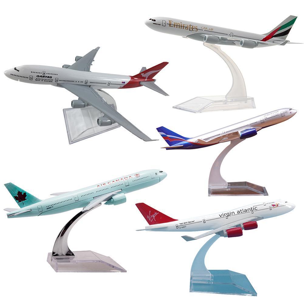 16 cm Airbus A320 A330 A340 A380 Boeing B737 B747 B777 B787 Aviones Aviones Modelo de avión Diecast Aircraft Toys Airliner Modelo Niños Regalo 210128