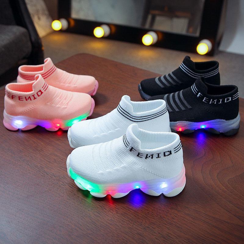 Zapatillas de deporte de los niños Niños bebés de los muchachos Carta de malla Led luminoso calcetines de deporte Ejecutar las zapatillas de deporte Zapatos Sapato Infantil Light Up 1007