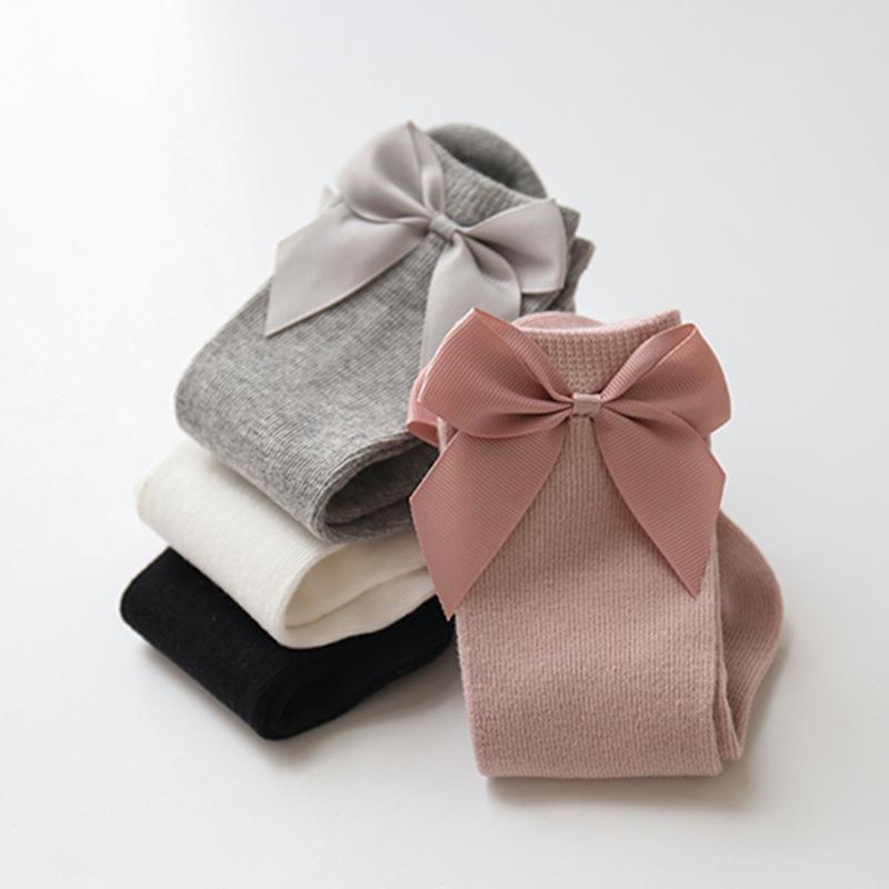 Ins Bebê meninas joelho altas meias crianças criança meia grande arco de algodão meados meia para pequenas meias z1951