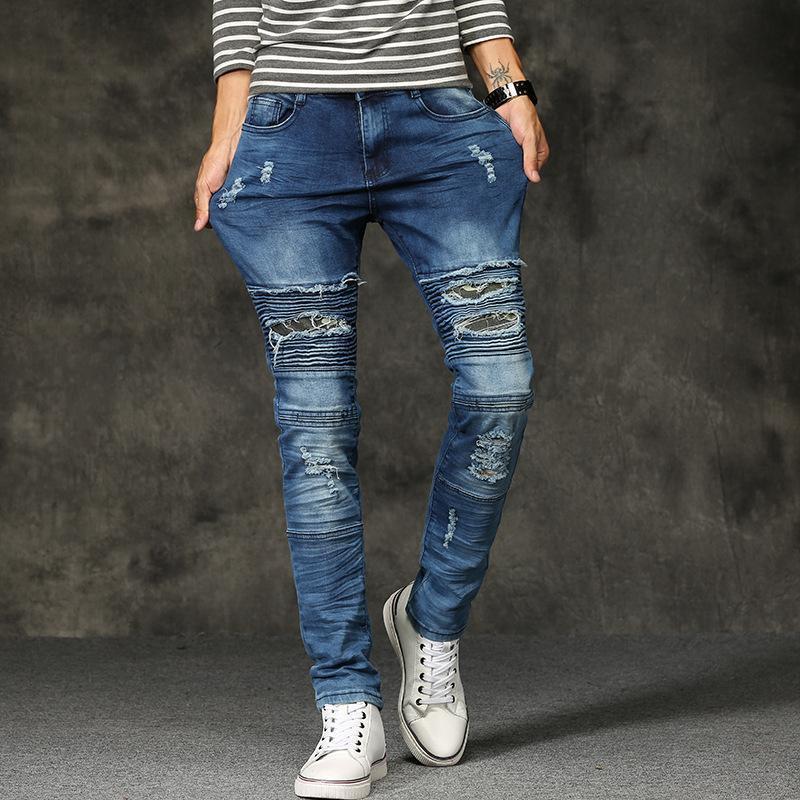 Jeans europeos 2C Hombres de moda Y América del ajustado de los vaqueros del agujero de la motocicleta de los hombres pequeños pies pantalones elásticos