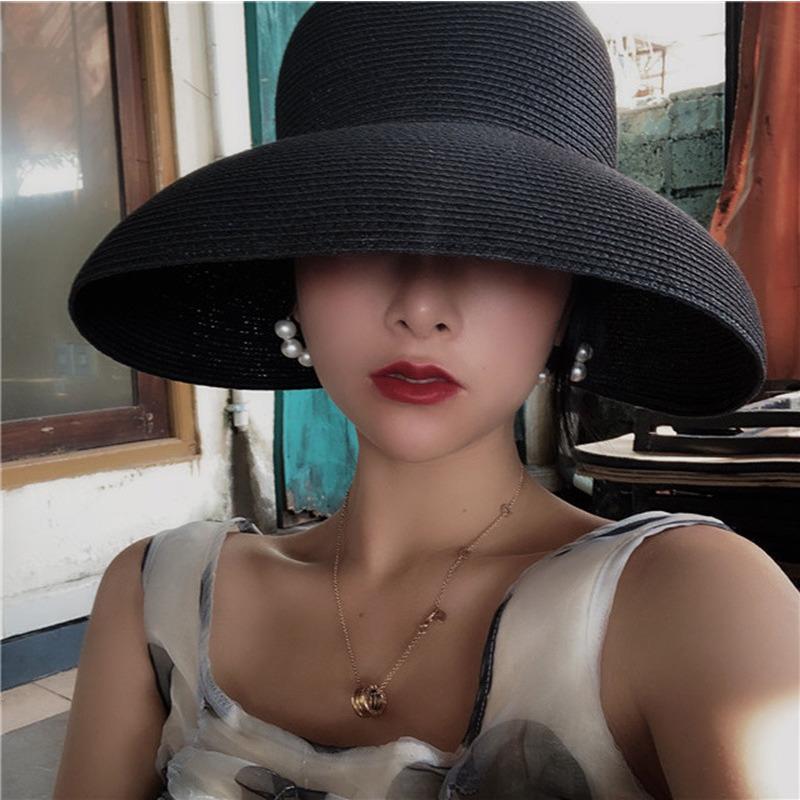 Hepburn Chapeau de paille Sunken outil de modélisation de Bell-forme Big Hat Vintage Brim Bility Beach Tourist Atmosphere