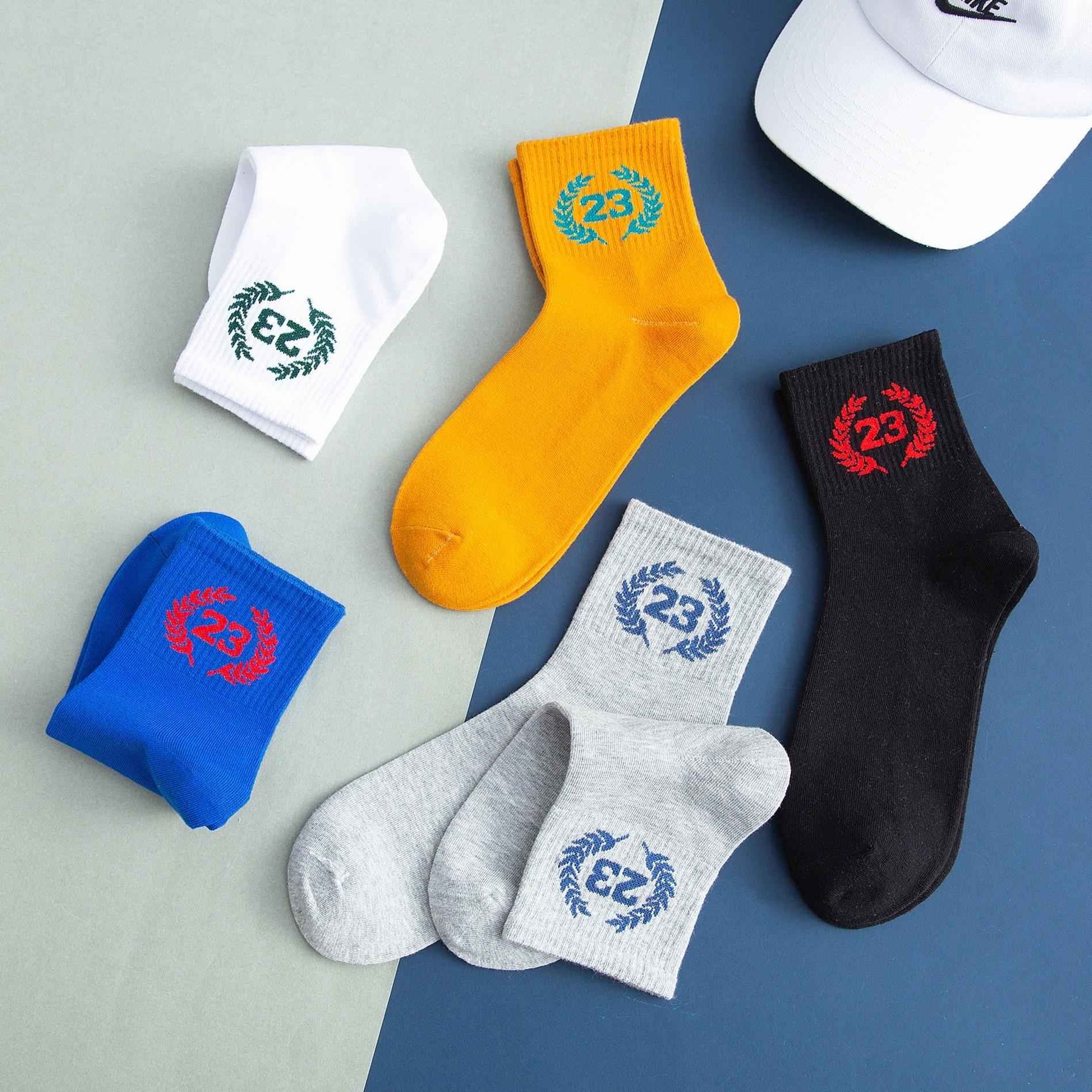 meias socksStockings e sockssocks dos homens da tendência Rua versátil high-end outono e meias de inverno dos homens ins marca de moda grossa VTKtr V