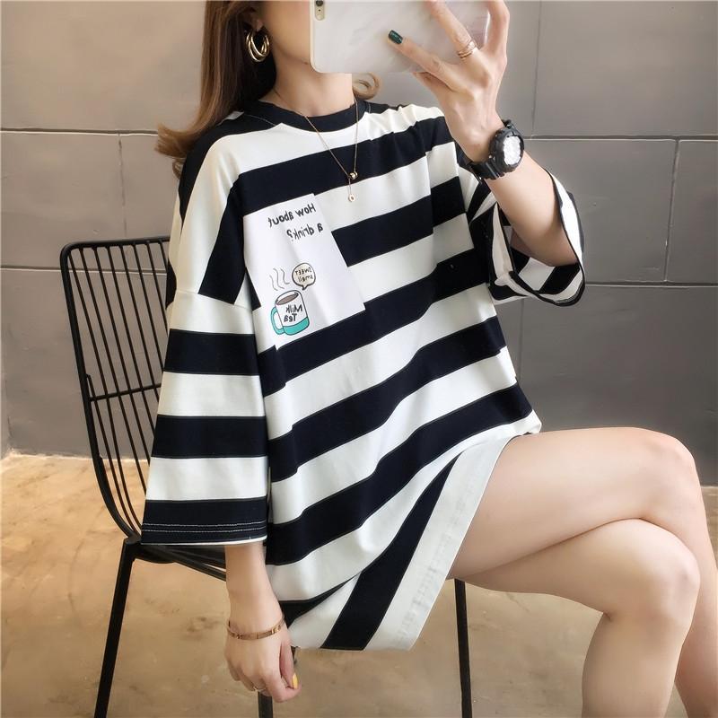 2020 Весна новых корейской футболки стиль свободного половина рукав средней длина с коротким рукавом футболки женских топ 1688 партий XBg2R