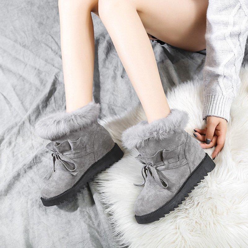 Señoras de la nieve Botas 2020 suela de felpa gruesa-invierno de las señoras de los cargadores calientes de los zapatos ocasionales de fondo plano tobillo B1011