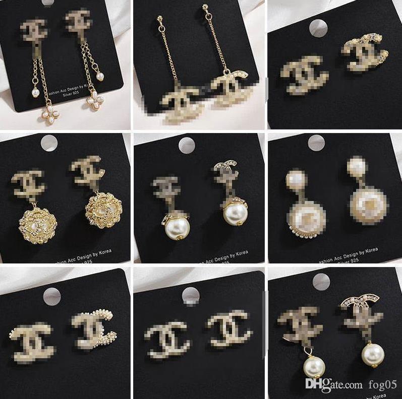 I nuovi modelli esplosione orecchini tendenza strass di lusso orecchini di colore moda personalità Super Flash diamante lettera CH01