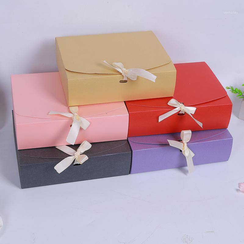 ورقة مربع البني كرافت ورقة تغليف مربع الكرتون الصابون التعبئة والتغليف الزفاف الحسنات الحلوى هدية 1