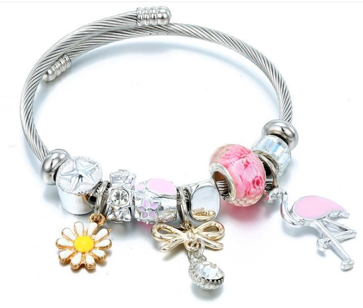 Лучшие продажи Titanium Daisy Peach Blossom Murano Стеклянные бусины Регулируемые браслеты Подвески в розовых и синих цветах