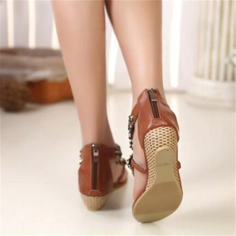 2021 Yeni 34-42 Yaz kadın Sandalet Moda Bohemia Bayanlar Klip Toe Çevirme Etnik Tarzı Kristal Kordon Düşük Topuklu Plaj Ayakkabı 1zum