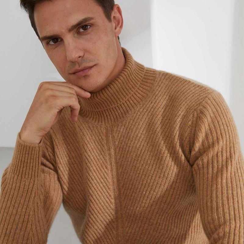 Siete puntadas que engrosen el suéter de cachemira de cuello alto, el suéter de cachemira de los hombres se establece un varón suelto de lana