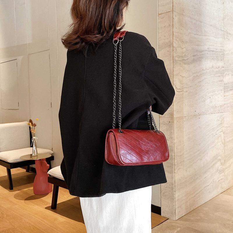 Heißer Verkauf Frauen Messenger Leder Crossbody Taschen für Reisen Kleine Tasche Farbe Schulter Pu Dame Solide Geldbörsen Handtaschen und Kette MLTEA