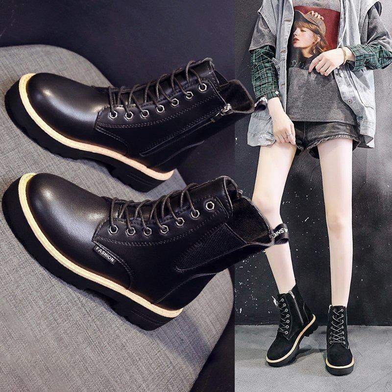 Çizme Çapraz Kayış Düz Dip Bayan Botları Bayan Modası 2020 Sonbahar ve Kış Yeni Eğlence ve Sıcak Q11-1001