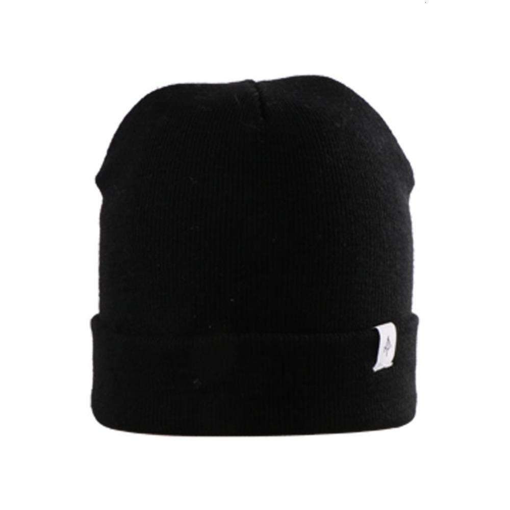 Sample Wholesale Man and Women Embroidery Label Winter Knitted Custom Beanie Hat R6PR