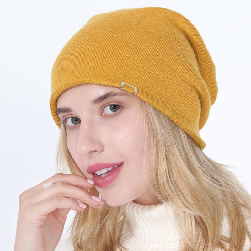 Frauen-Non-Brim Pissoir Hat Frauen-Winter-Hut gestrickten Herbstes Schädel Unisex Frauen Warm-koreanische Art-Schwarz Rot Schirmmütze